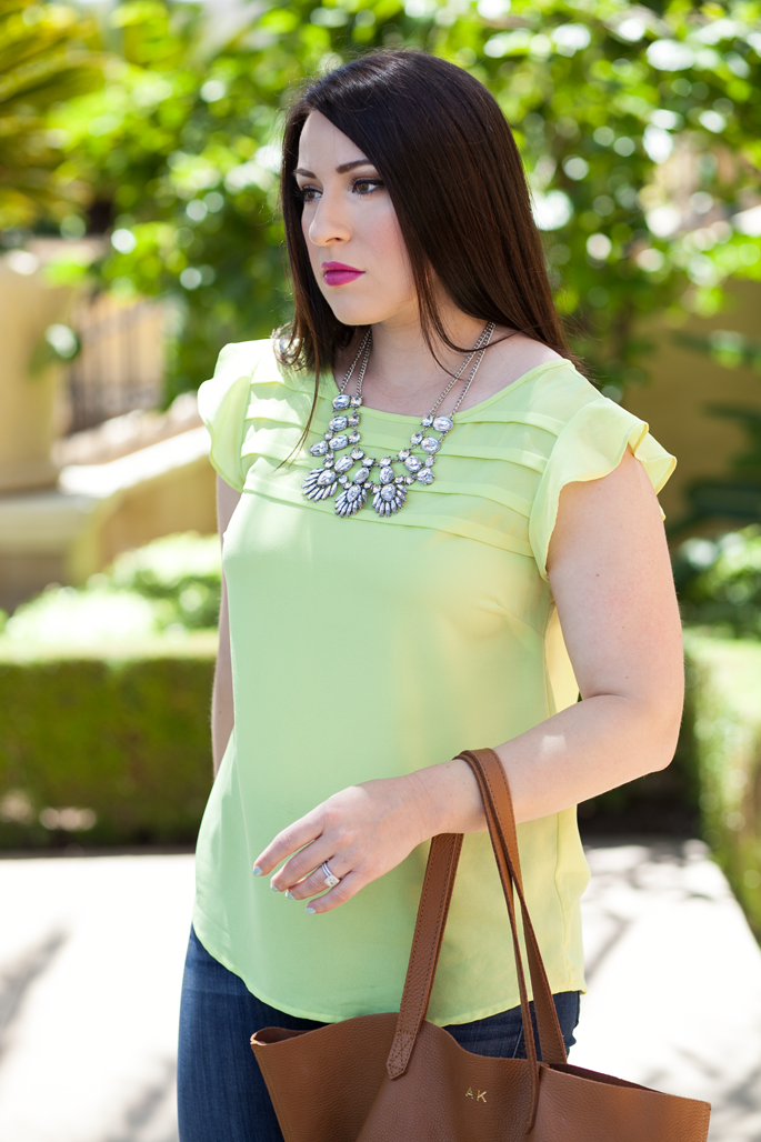 le tote neon top, le tote statement necklace, mac girl about town, essie mint candy apple, cuyana tote