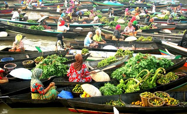 Pasar Terapung Muara Kuin di Banjarmasin, Kalimantan Selatan 4