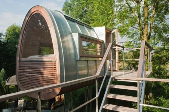 Moderna casa del rbol ideas para decorar dise ar y - Finestra vetrocemento ...