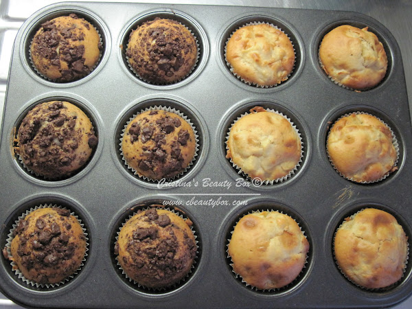 Cook with me: Chocolate Chip Muffins & Apple Muffins