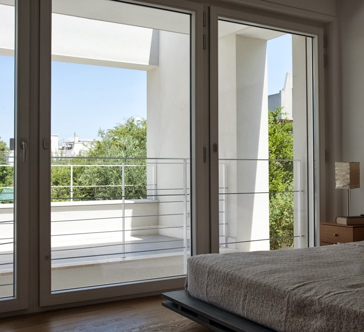 Floor to ceiling windows in Modern villa Di Gioia by Pedone Working