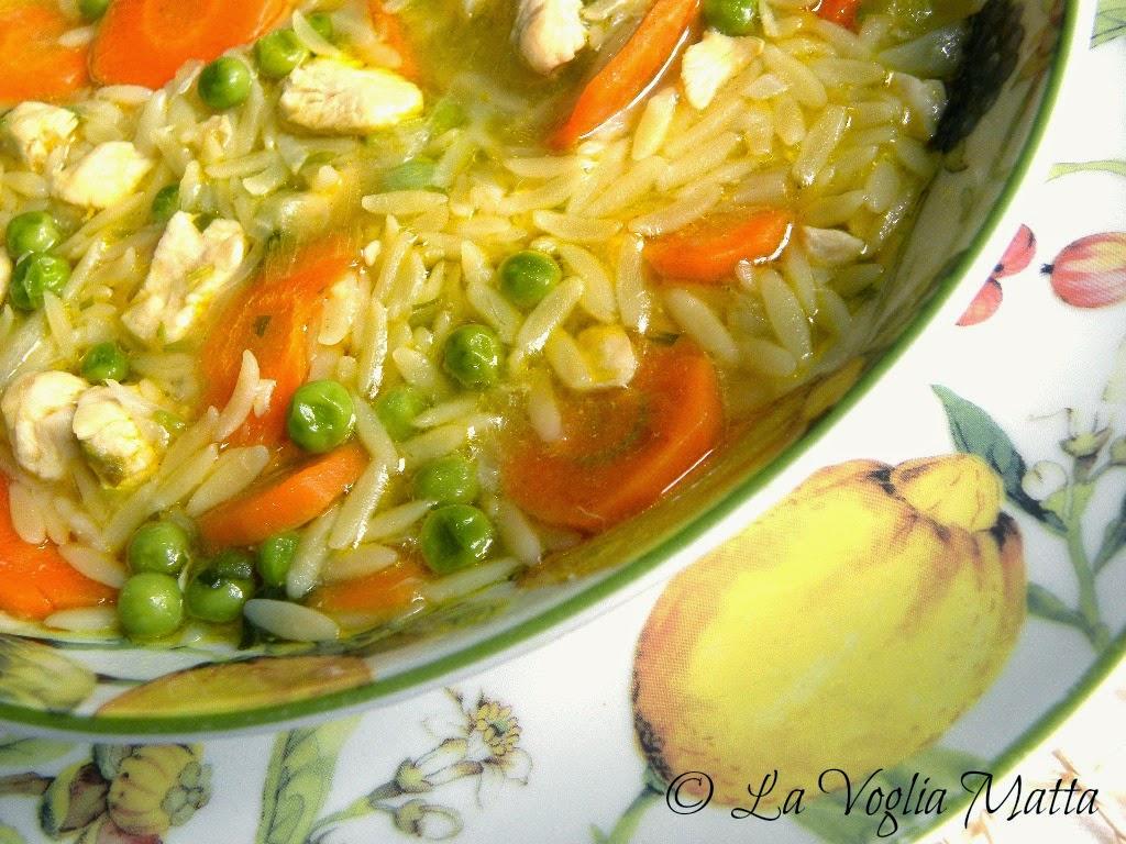 zuppa di pollo al profumo di limone