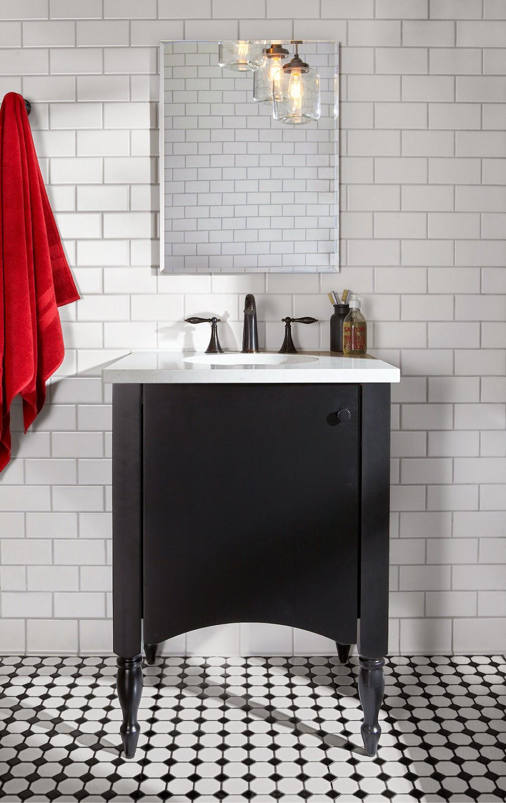 Vẫn là cảm hứng từ giai điệu đen & trắng, bộ sưu tập thứ hai tô điểm thêm sắc đỏ son môi, vẽ nên một không gian tắm phong cách Hoa Kỳ điển hình.