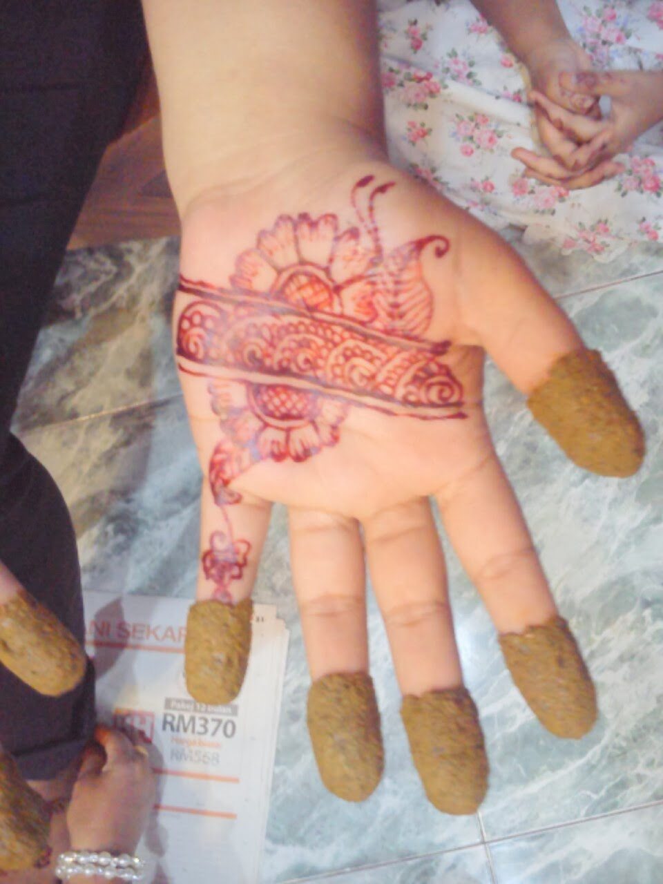 Ikha Henna Artist Inai Tradisional VS Moden February 2014