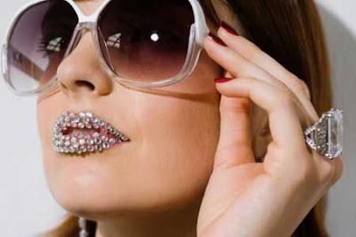 glitter lip tattoos