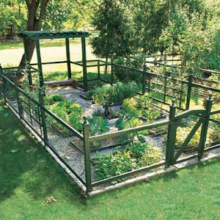 Laura Vanderbeek Gorgeous Vegetable Garden Idea
