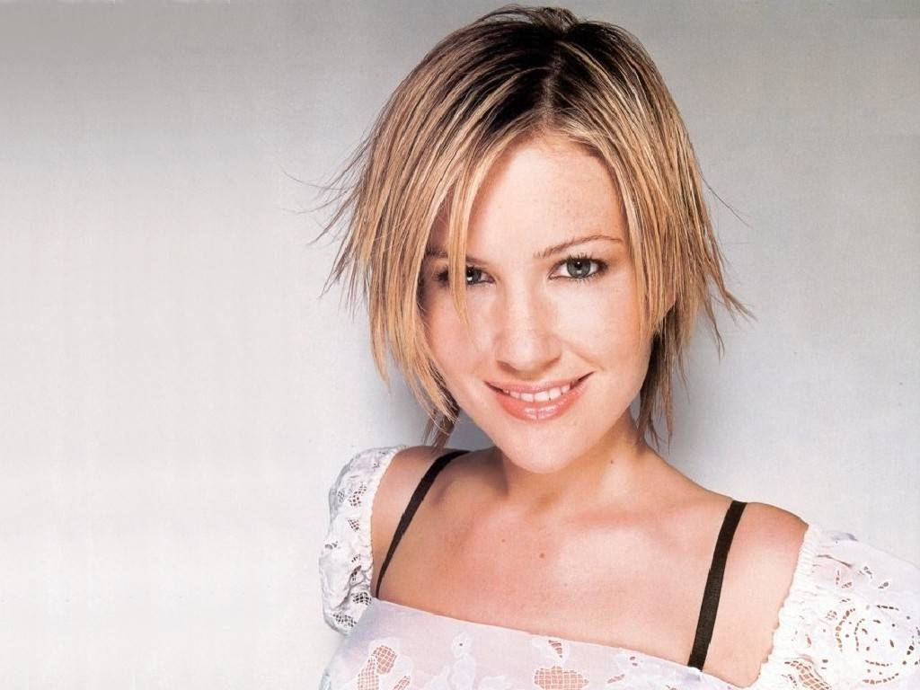 Dido wallpaper ~ ALL ABOUT MUSIC