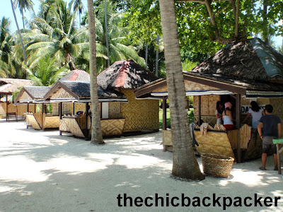 THE CHIC BACKPACKER: Dayang Beach Resort, Talicud Island IGACOS