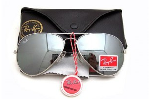 Os óculos Ray Ban