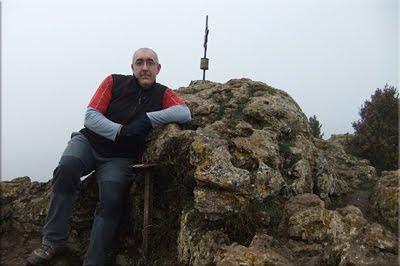 Toloño mendiaren gailurra 1.271 m. -- 2012ko urtarrilaren 8an
