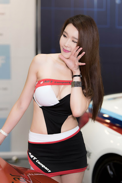 3 Yoo Ri Ahn - Seoul Auto Salon - very cute asian girl-girlcute4u.blogspot.com
