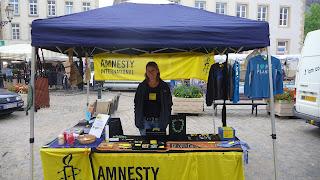 http://amnesty-luxembourg-photos.blogspot.com/2009/09/stand-vente-echternach.html