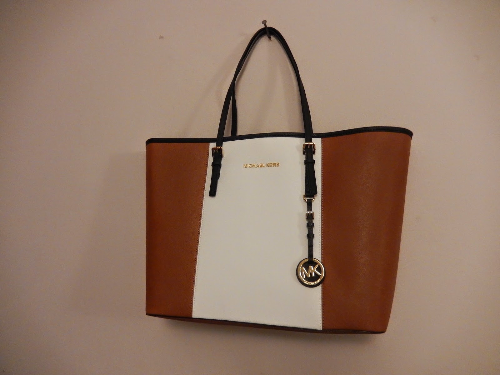Sammi Jackson - Michael Kors Jet Set Tan Striped Leather Tote Review