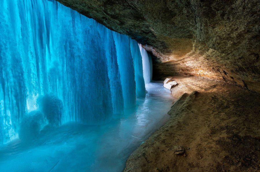 Usa Minneapolis Frozen Falls Minnehaha Falls Corner Of The World