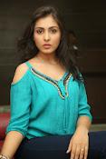 Madhu shalini new glamorous photos-thumbnail-15
