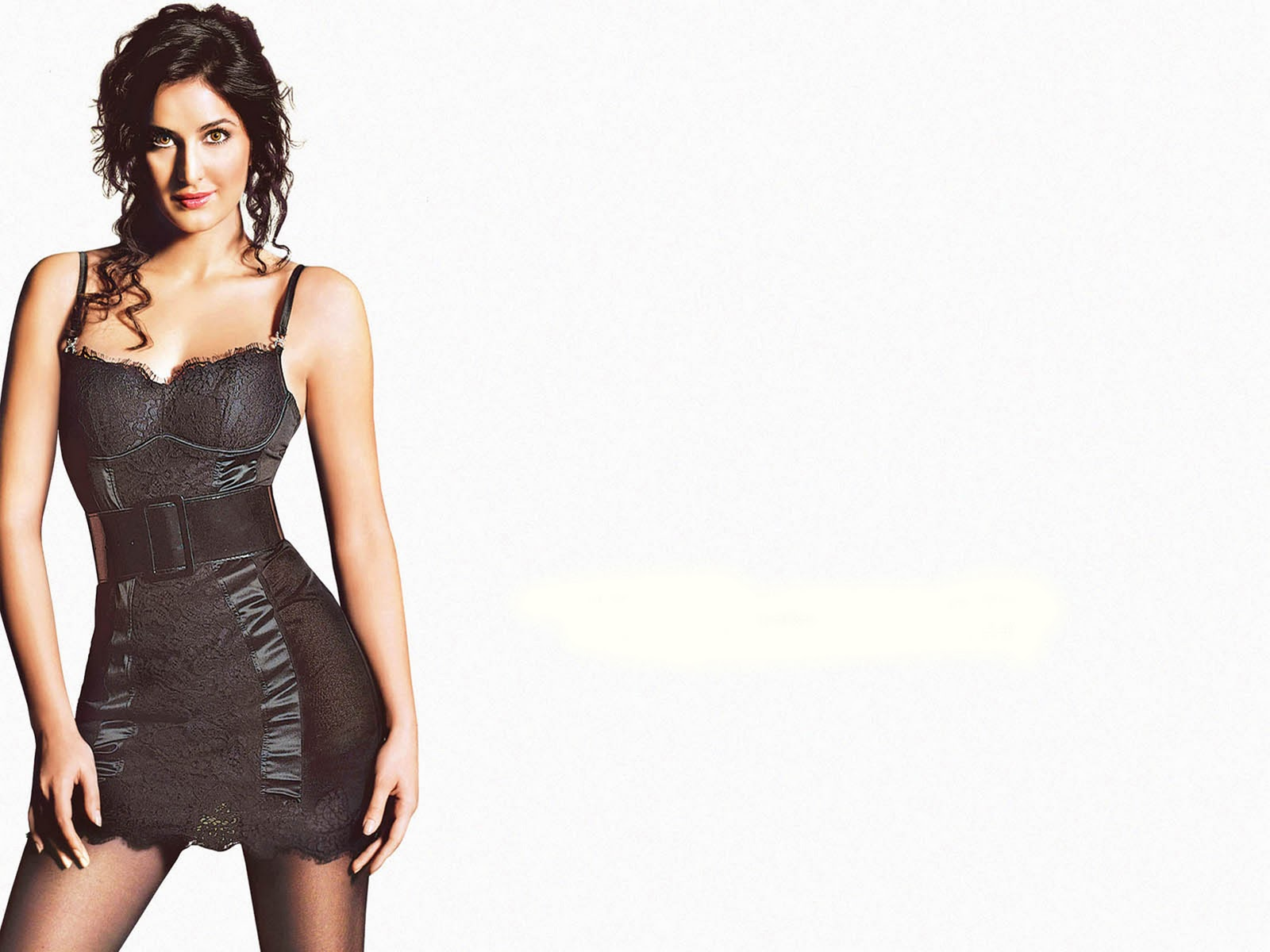 http://2.bp.blogspot.com/-cfRXTZB31MU/Tpb7HmUOU8I/AAAAAAAABkM/-nNP2XMslz4/s1600/The-best-top-desktop-hot-girl-katrina-kaif-wallpapers-hd-katrina-kaif-wallpaper-4.jpg