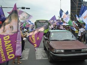 Bandereos convierten en infierno el retorno  de miles  de vacacionistas