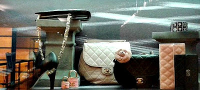 chanel-quilted-bag-wallet-tweed-lock