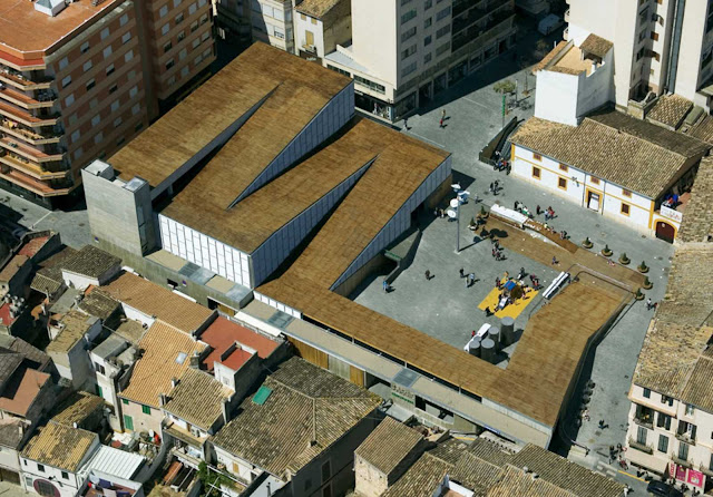 01-Inca-Public-Market-by-Charmaine-Lay-and-Carles-Muro