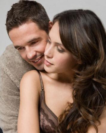 warum verlieben sich junge frauen in ältere männer