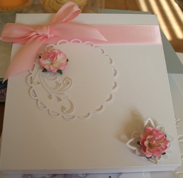 box for marianne bird cage card