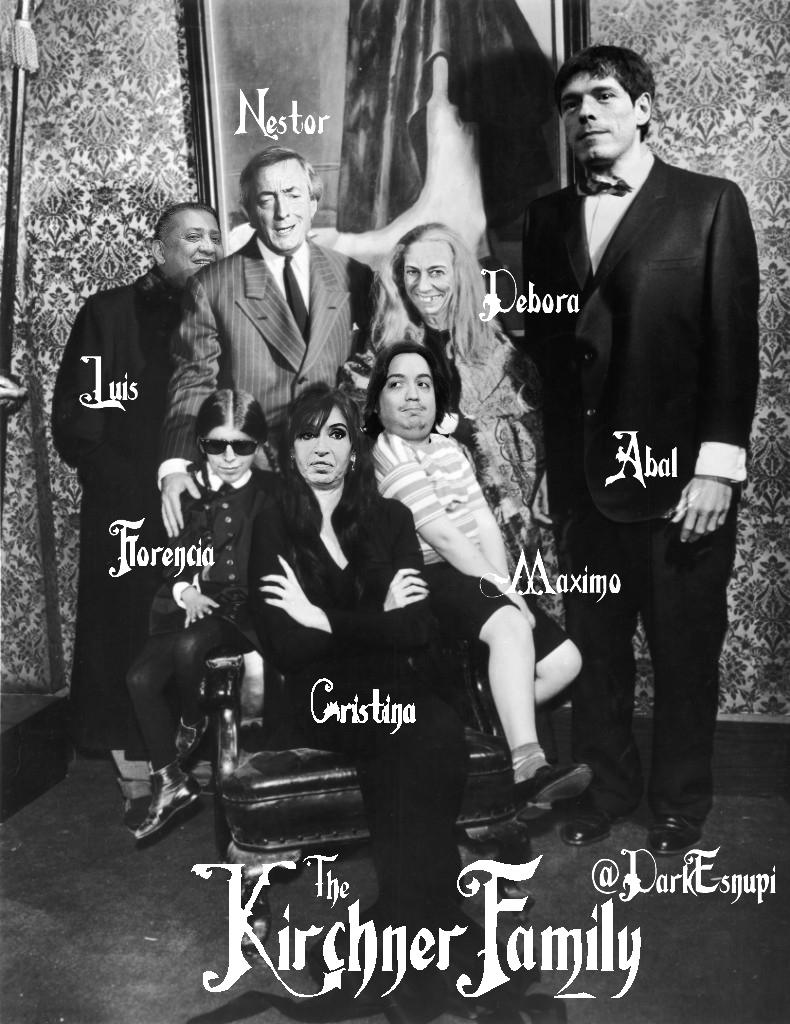 http://2.bp.blogspot.com/-cfsN_SisXwY/UK0qll3nMcI/AAAAAAAAAOw/eFIY4TE52jk/s1600/The+Kirchner+Family.jpg