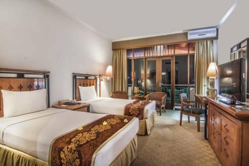 Hotel directory lido lakes resort conference for Balcony hotel sukabumi