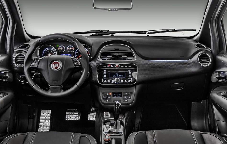 novo Fiat Punto Blackmotion 2014 interior