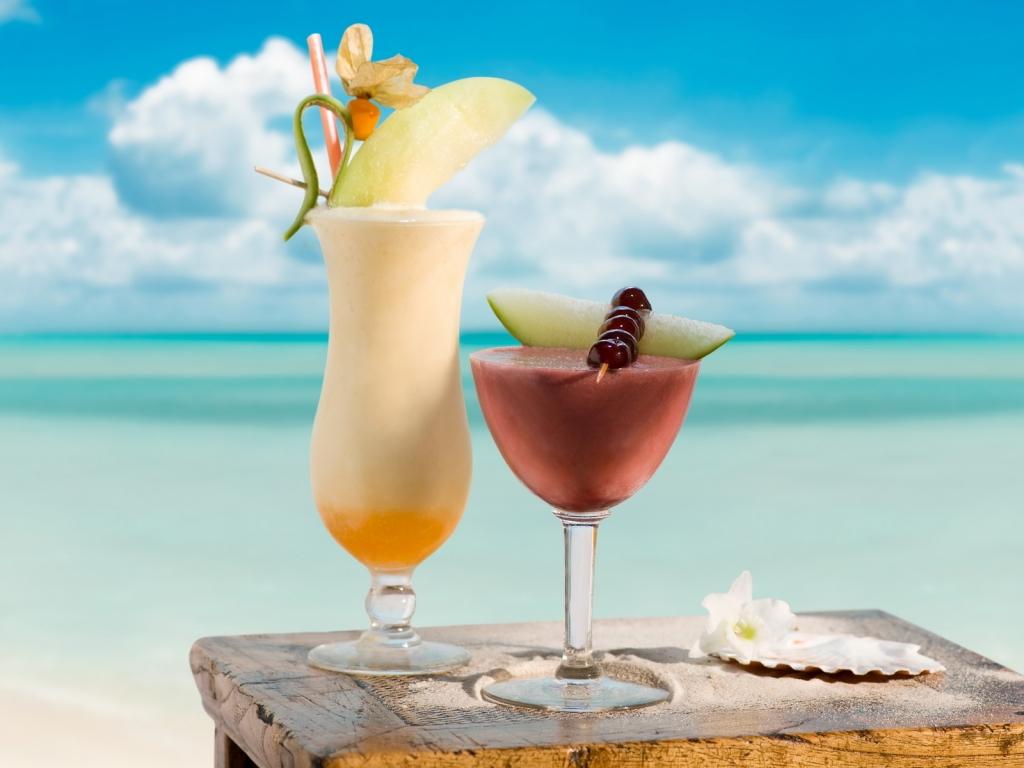http://2.bp.blogspot.com/-cgHfRgk5-9o/TqPECgUuwPI/AAAAAAAAAR8/MBm8V1kKhx4/s1600/summer-cocktails-1024x768-wallpaper-6600.jpg