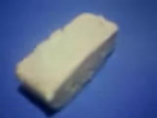 Experimentos caseros para niños Cómo crear plástico lácteo