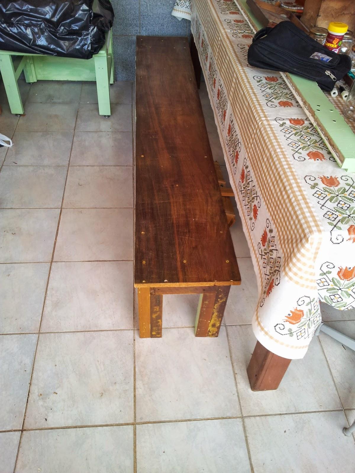 Oficina do Quintal: Como reformar um banco de madeira #9D642E 1200x1600