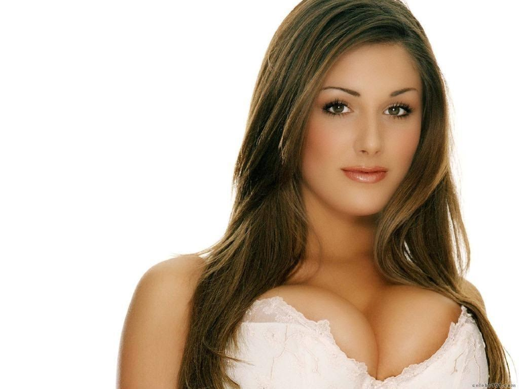 Lucy Pinder hot photo 008
