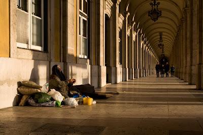 """Portugal: """"Gente como nós"""" passa a figurar no catálogo dos pobres de Lisboa"""
