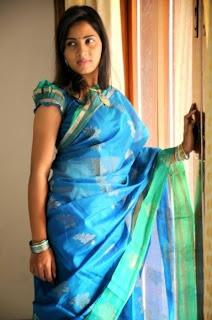 Srushti Dange Spicy Tamil Actress stunning HD Pics