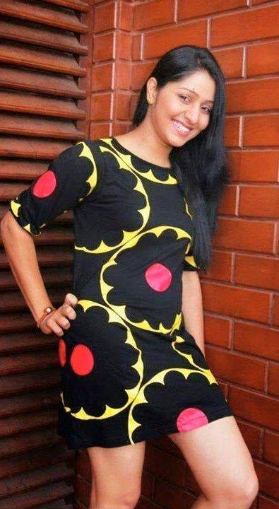 I will never get married - Udayanthi Kulathunga   Gossip ... Udayanthi Kulathunga Hot