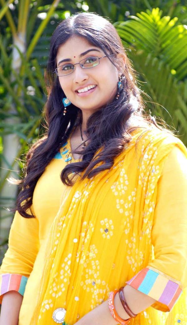 Telugumovieclub Baby Shamili Latest Pics