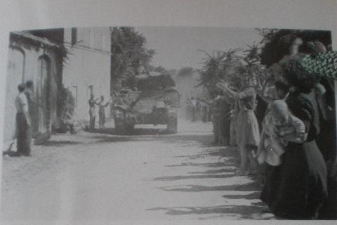 I Carri polacchi in marcia verso Castelferretti, al bivio di Casteld'Emilio, sotto Paterno 18 lugli