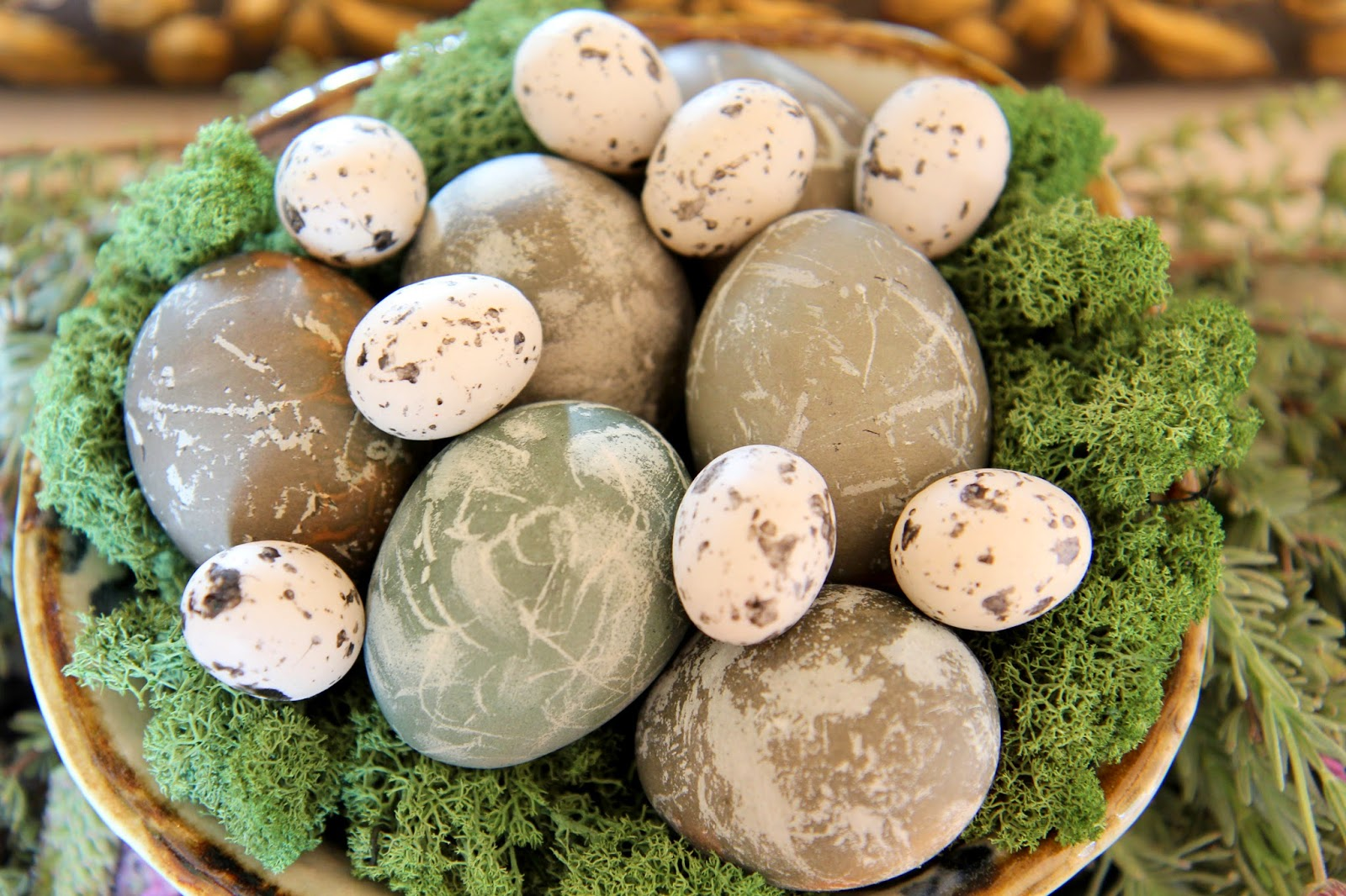Naturally Dyed Easter Eggs for Display; Easter Eggstravaganza; Nora's Nest
