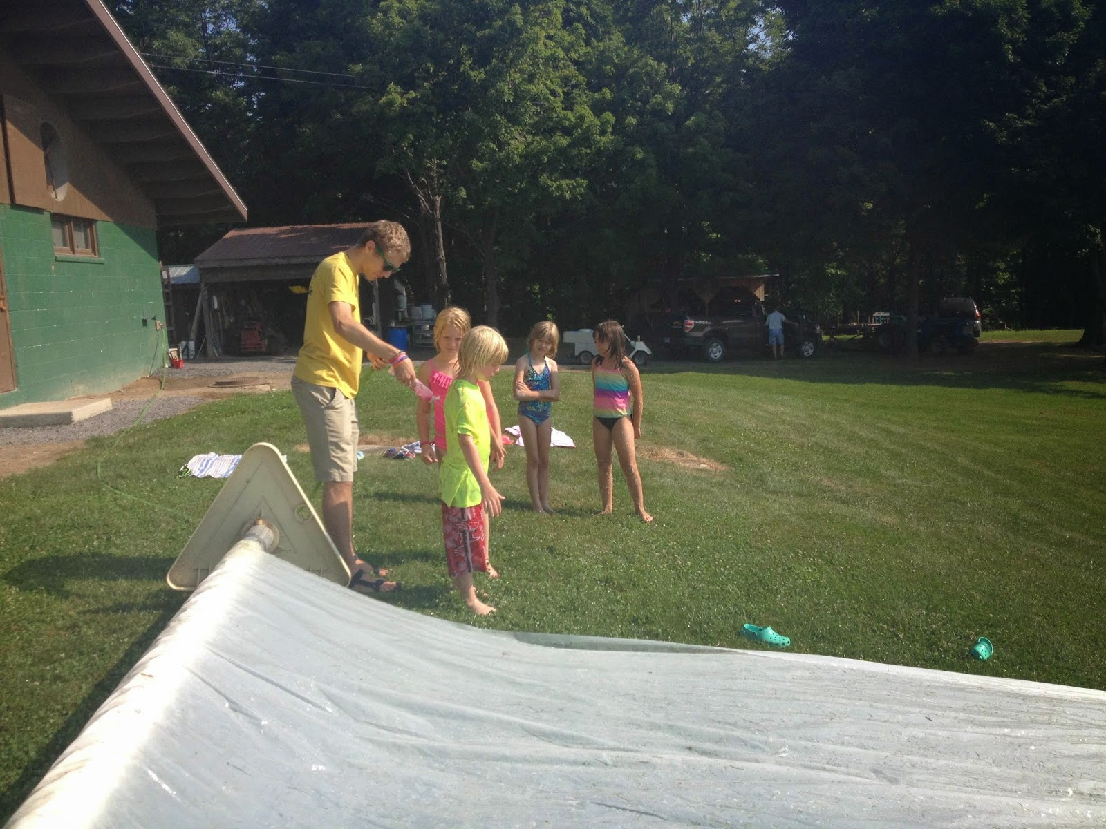 how to keep a slide on camper cool