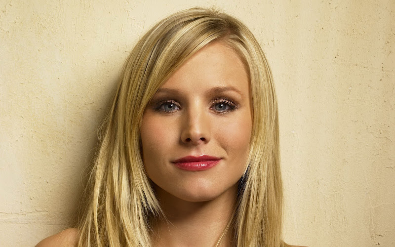 Kirsten Bell. Another person suffering from the ugly eyes & nose  title=