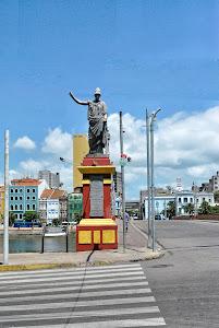 Estátua de Minerva