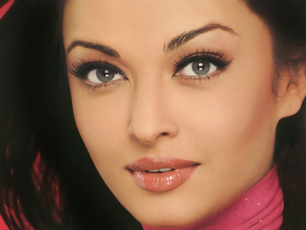 http://2.bp.blogspot.com/-ciB-3V67cjQ/T8aDsazQhlI/AAAAAAAAGfg/KuBkbgAaWlg/s1600/Aishwarya%2BRai.jpg