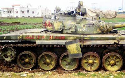 la proxima guerra rusia pide a sus ciudadanos que abandonen siria tanque militar