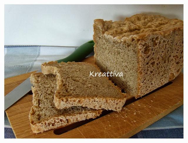 pane multicereali con macchina del pane