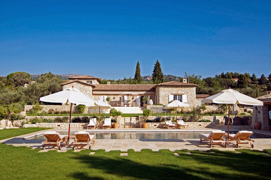 Cote D 39 Azur Villa Rentals South Of France Luxury Villa To Rent With Amazing Outdoor Space