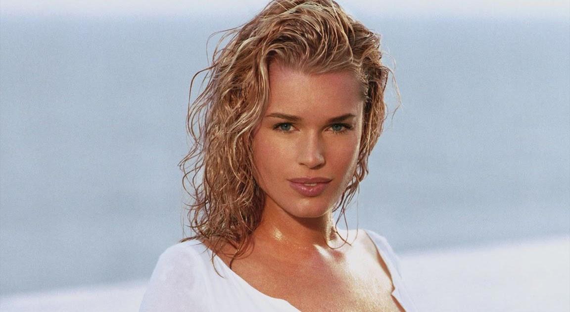 Blonde hair nude models