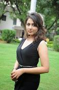 Madhu Shalini glam pics-thumbnail-5
