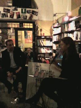 """Presentazione di """"Tunisi, taxi di sola andata"""", libreria N'Importe Quoi di Roma, 13 aprile 2012"""
