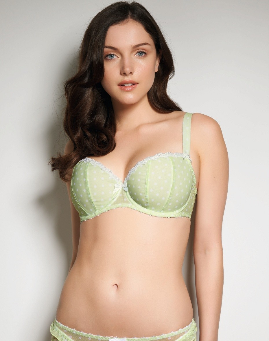Most Beautiful Girls Bra Latest Design 10 Images 2013