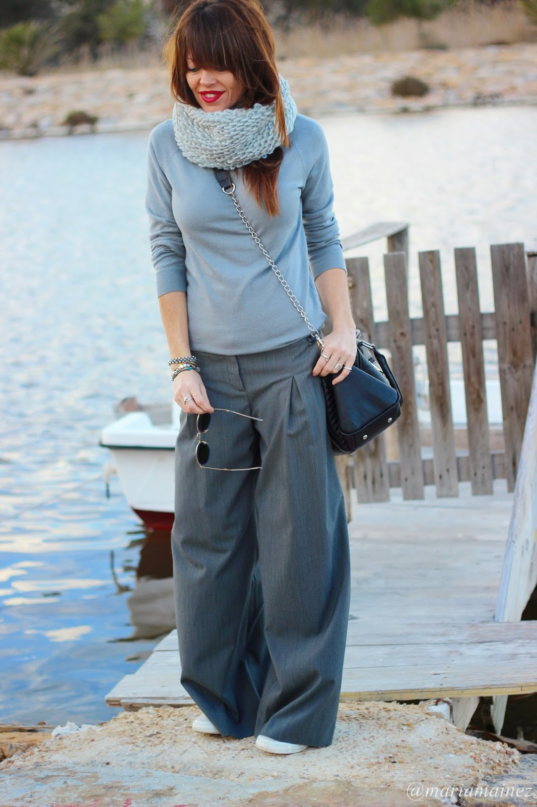 Total look grey - fashion blogger - palazzo trousers - white sneakers - bbeautifulbymaria